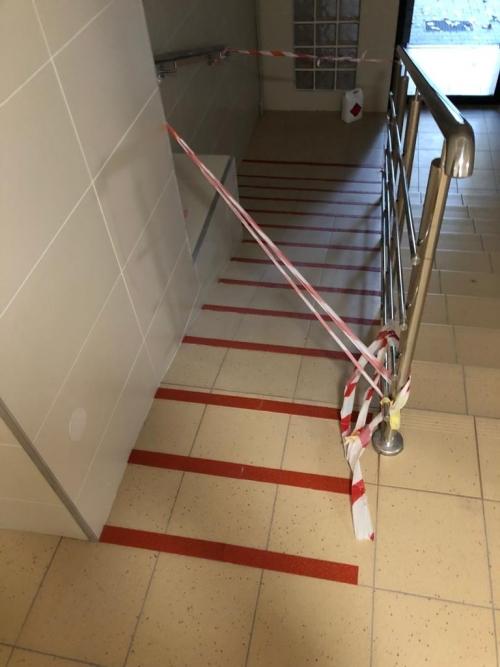 Zabezpieczenia antypoślizgowe w Spóldzielni Budowlano Mieszkaniowej Powiśle